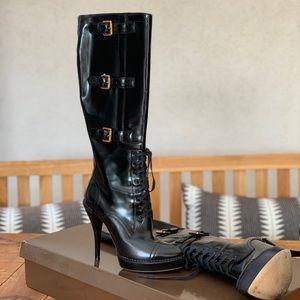 c3335c5b1e6 Gucci Shoes - Gucci Black Leather Riddle Lace-Up Boots Size 37